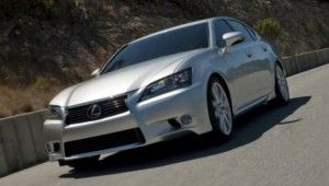 Lexus_GS_Sedan_2012