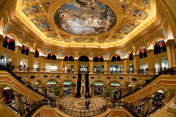 Самая большое казино в мире игровые автоматы с призовыми