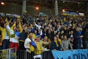 ukrainskie-futbolnye-fanaty-foto-sporttutby-66085026